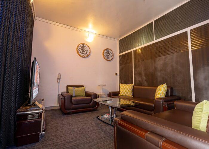 Prestige Lounge 1
